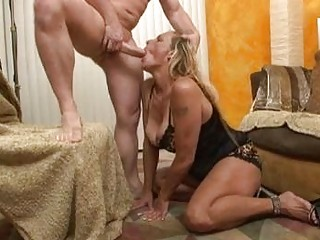 Sluty blonde momma in black lingerie doing deep