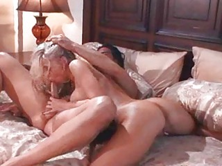 Nasty MILF Hoes in Heat Give Hot Blowjobs