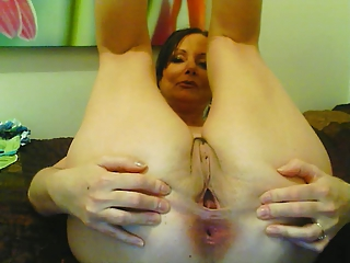 Mature 45yo webcam masturbation 5
