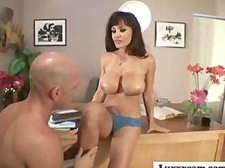 Lisa Ann is a great Milf Who fuckin hard