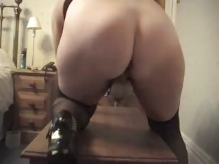 MILF in dildo fun