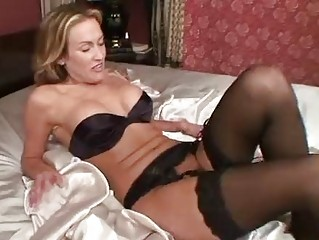 Mature In Stockings Toys Her Pussy