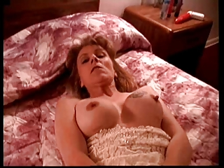 Hot Tattoed Mum Squirts with Dildo on her Bed