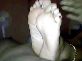 friends mother feet