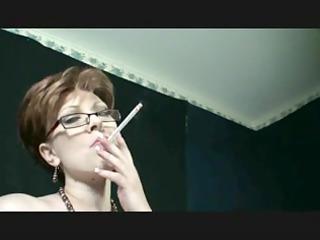 Smokin fetish - mom smokin and dancing