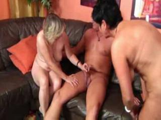 Amazing mature threesome ffm