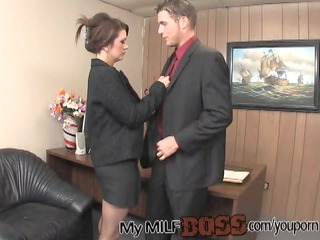 Lucky Stud Nailing His MIlf Boss