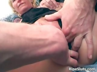 Chubby blonde MILF with huge boobies part3