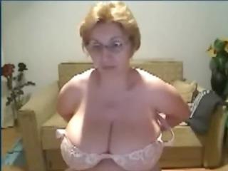 Mature Webcam at http://goo.gl/lJMST