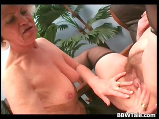 Old horny granny enjoy in wet pussy
