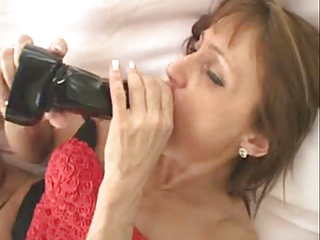 Mature Woman Love Toying