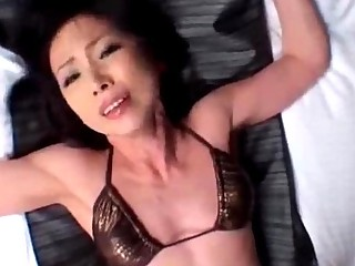 Skinny Milf With Tiny Tits In Bikini Getting Her