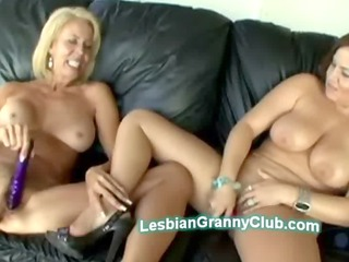Blond granny Erica pleases young chubby beauty