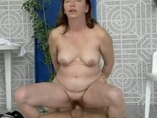 Moms red hairypussy pounded