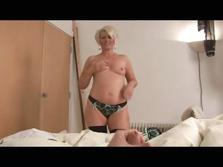 Mature bimbo ruling over a cock POV