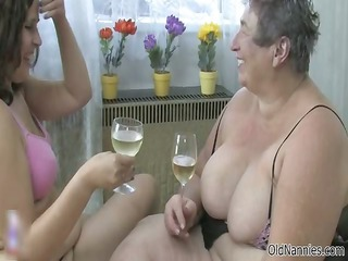 Nasty old woman gets her cunt dildo part4