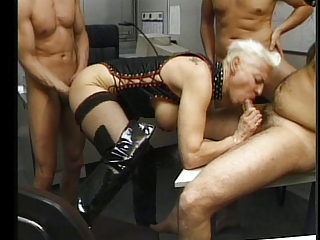 ANAL PUNISHMENT FOR A FRENCH MATURE