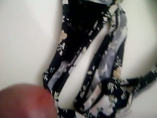 cuming in my mothers panty