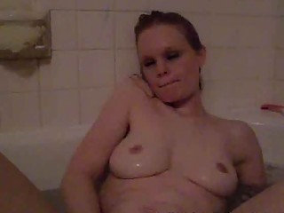 horny single mom playing in the bathtub