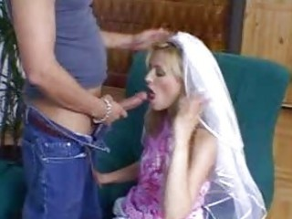 Amateur amazing blonde wife doing blowjob on the