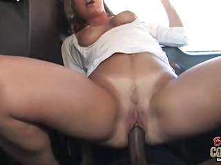 White mom Joey Lynn used by not her black son on